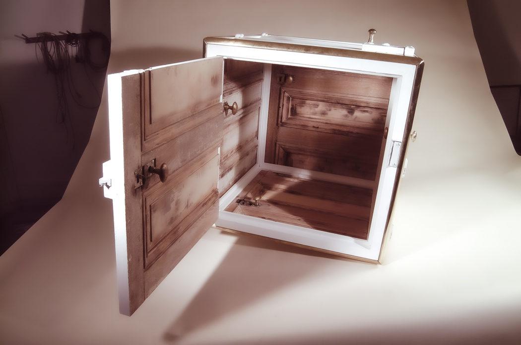 ateliergh Door Box